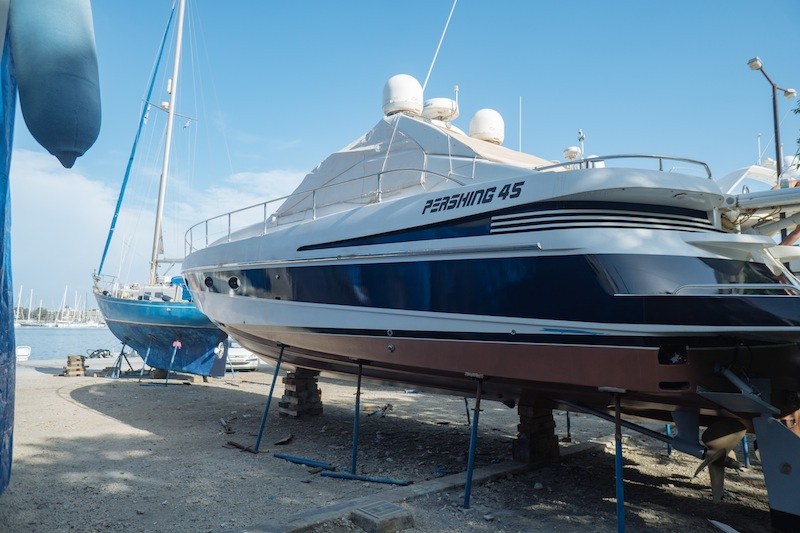 Wrapping the Hull ~ Pershing 45 //